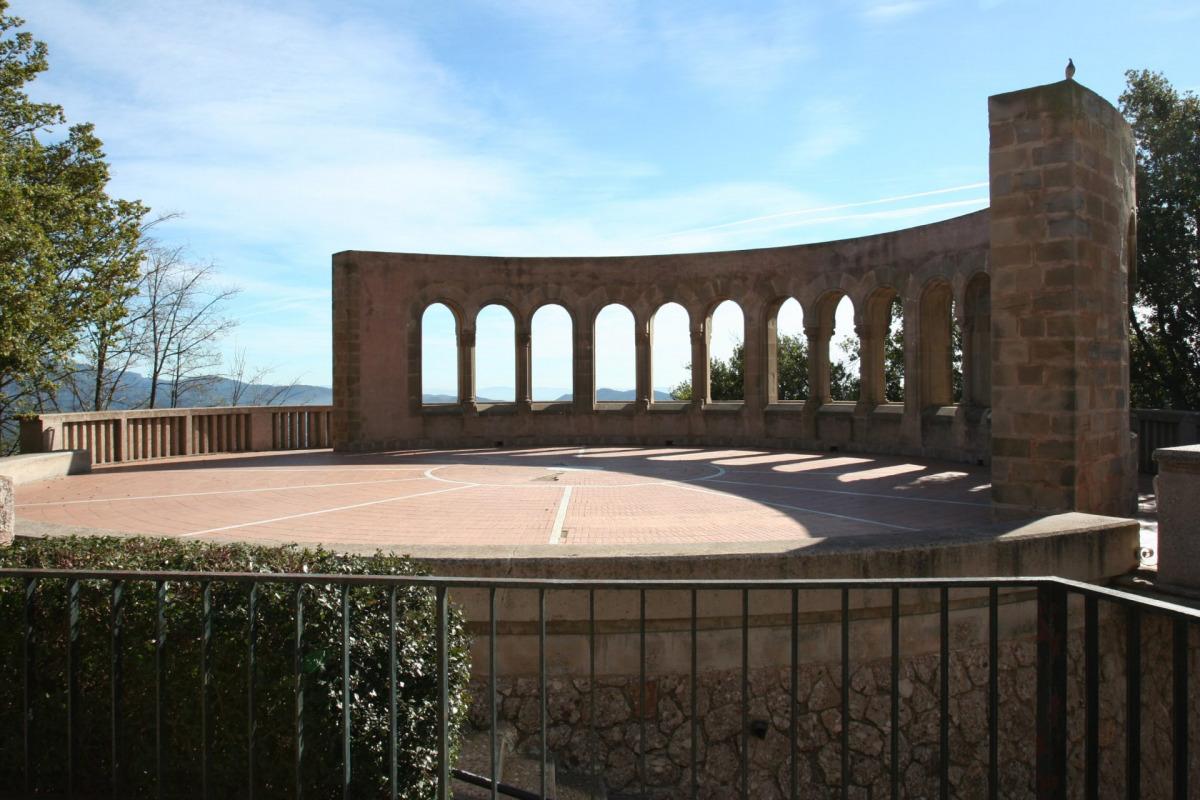 Mausoleu Museu de Montserrat / Wikipedia