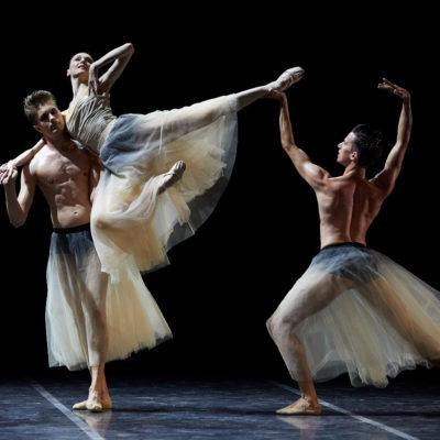 Pla obert de la ballarina Svetlana Zakharova durant la segona part de l'espectacle 'Amore' en el Festival Castell de Peralada el 13 d'agost de 2018 / ACN