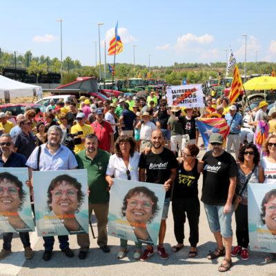 Pla general de la concentració de tractors davant la presó del Puig de les Basses,