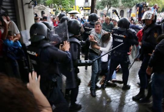 Càrrega policial l'1-O