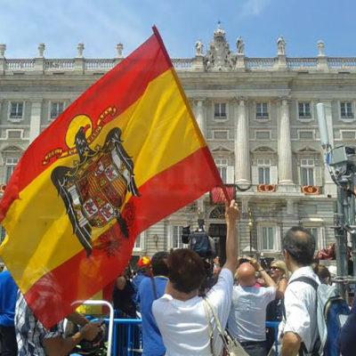 Pilar Gutiérrez el dia de la investidura de Felipe VI/ Facebook