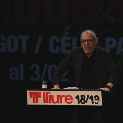 Primer pla del director del Teatre Lliure Lluís Pasqual durant la roda de premsa de presentació de la temporada 2018/2019 / ACN