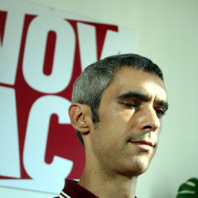 Roger Español, amb l'ull esquerra amputat per una pilota de goma de la policia espanyola l'1-O/ Pol Solà