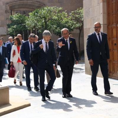 El president de la Generalitat, Quim Torra, i el ministre de l'Interior, Fernando Grande-Marlaska, al pati dels Tarongers