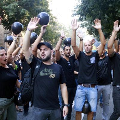 Manifestants en una concentració de MosSos/Miquel Codolar