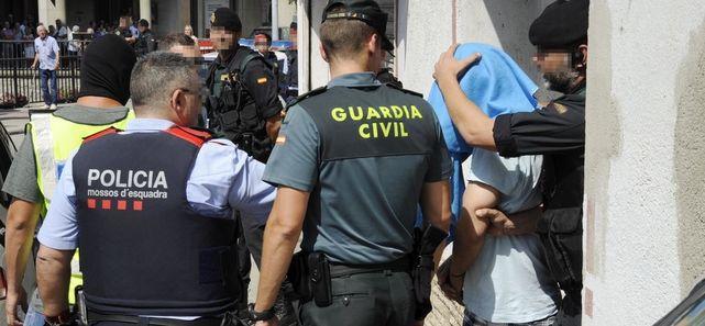 Agents dels Mossos i de la GC