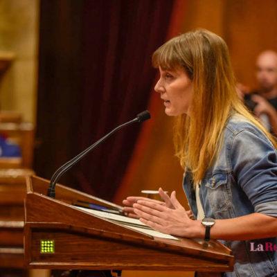 Jessica Albiach, al faristol del Parlament