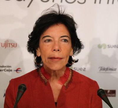La ministra d'Educació i portaveu del Gobierno, Isabel Celaá