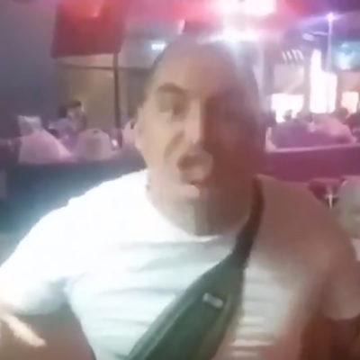 Una captura de pantalla del vídeo de John Cobra