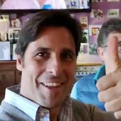 El torero Fran Rivera, en un bar franquista