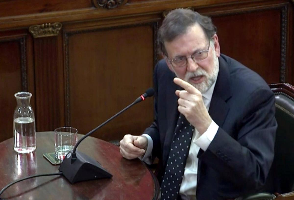 Mariano Rajoy responent com a testimoni a les defenses en el judici de l'1-O al Suprem
