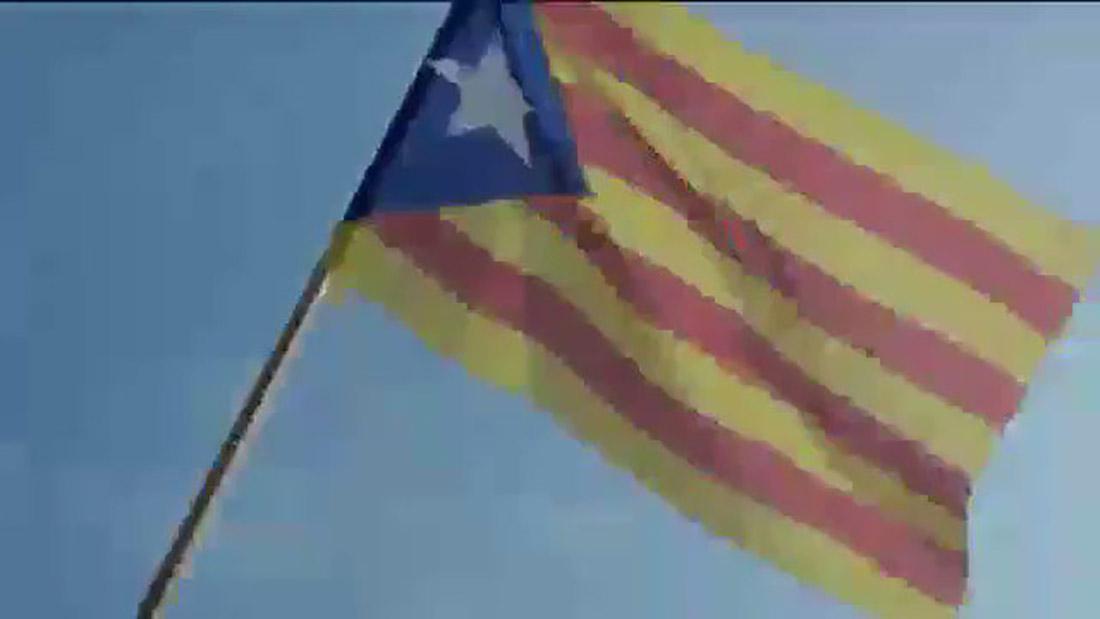 Moment del vídeo promocional del 'Mobile World Congress' en que apareix una estelada