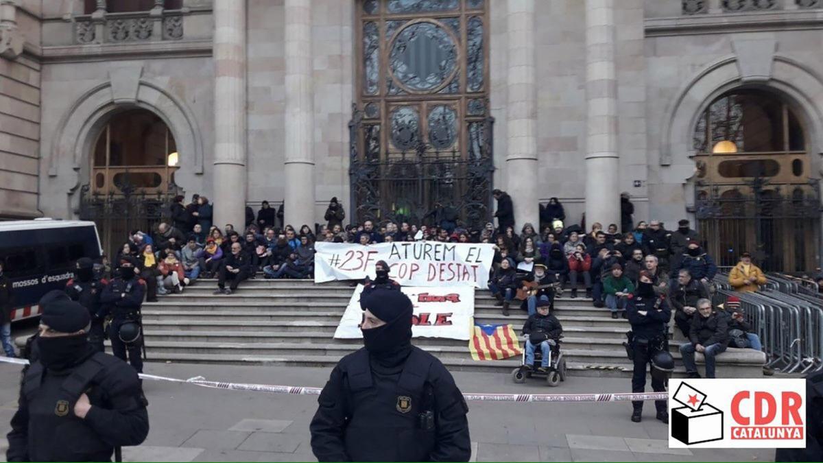 Protesta davant el TSJC