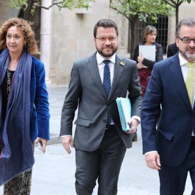 Pla conjunt amb el vicepresident del Govern, Pere Aragonès, i els consellers Alfred Bosch i Ester Capella