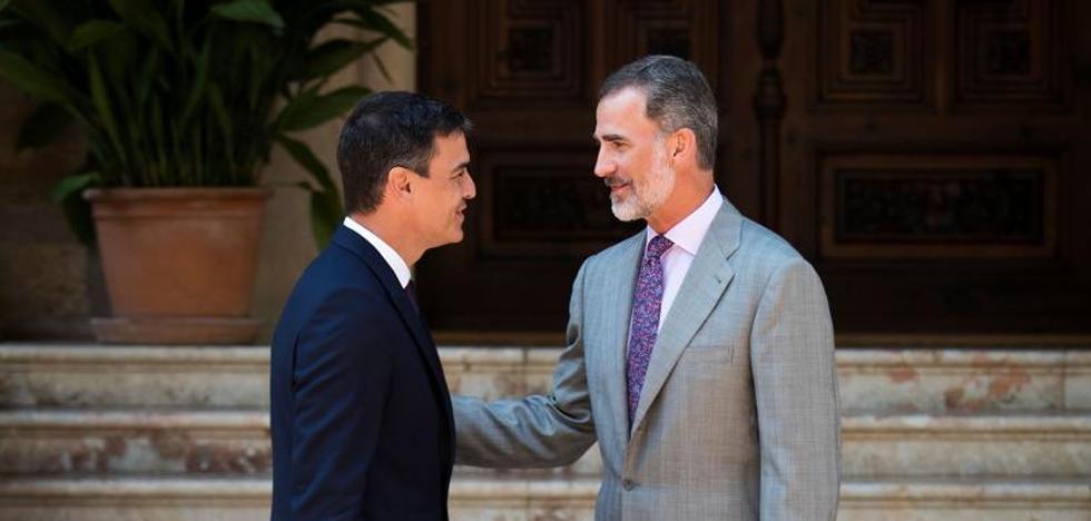 Pedro Sánchez amb Felipe VI, en una imatge d'arxiu