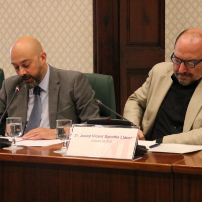 Els directors de Catalunya Ràdio i TV3, Saül Gordillo i Vicent Sanchis, en comissió parlamentària el 18 de juny de 2019