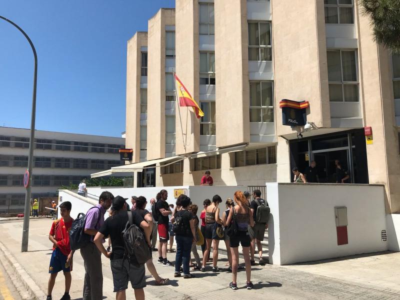 Protesta en suport dels detinguts a Tarragona/ Twitter @Arran_jovent