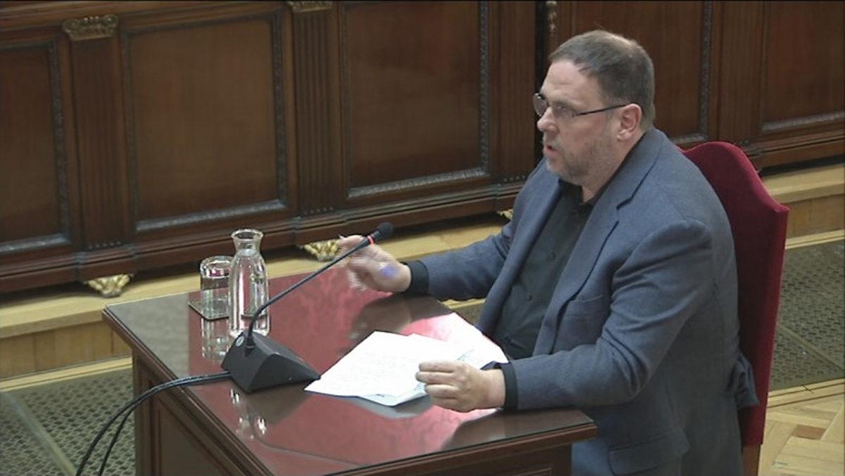 Pla mitjà, extret de senyal institucional, del líder d'ERC, Oriol Junqueras, durant l'últim torn de paraula al Tribunal Suprem