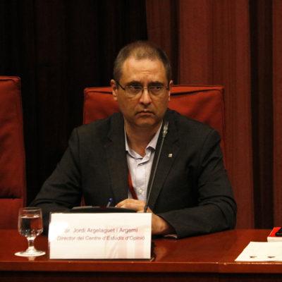El director del Centre d'Estudis d'Opinio (CEO), Jordi Argelaguet, a la Comissió d'Afers Institucionals (CAI) del Parlament