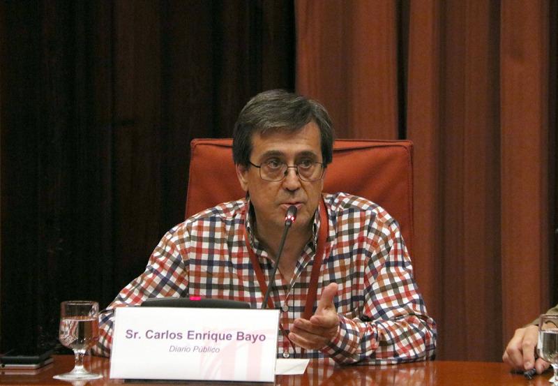 El cap d'investigació de 'Público', Carlos Enrique Bayo, durant la seva compareixença a la comissió d'investigació dels atemptats del 17-A