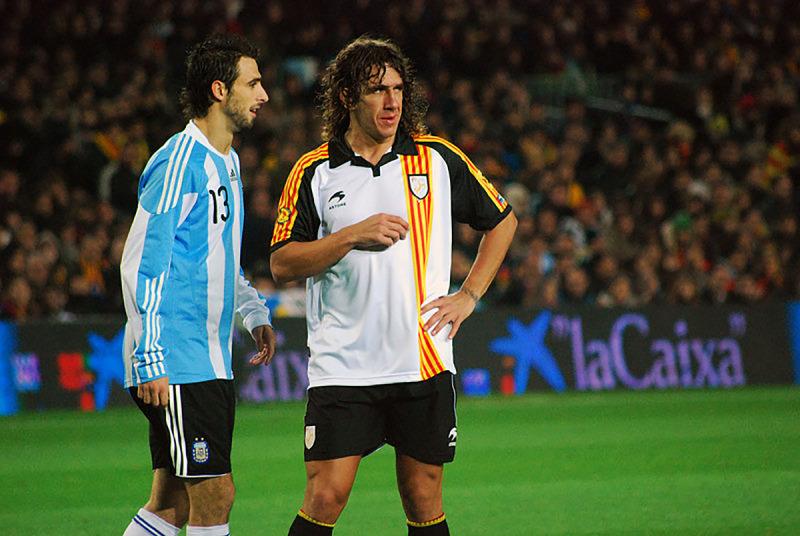 Carles Puyol amb la samarreta de la selecció catalana de futbol