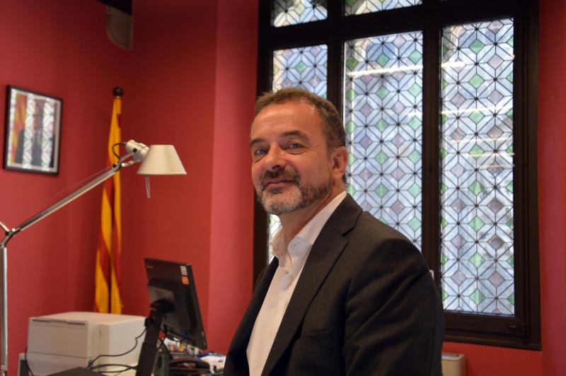 Alfred Bosch, al seu despatx
