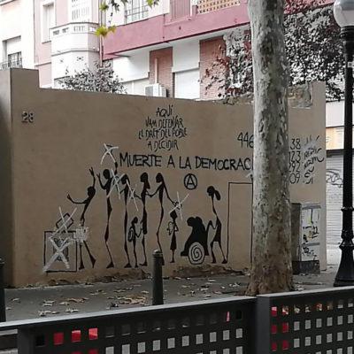 El mural destrossat a Sant Andreu/ Twitter @CUPstap