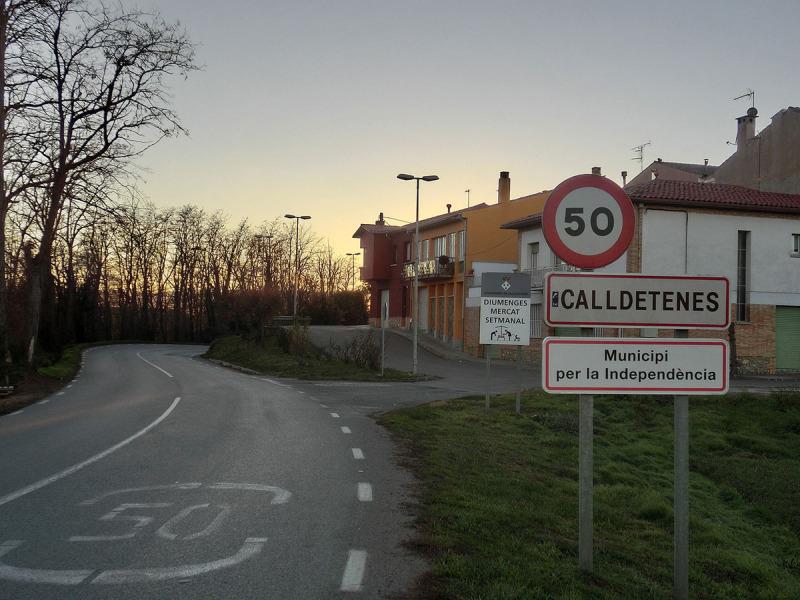 Entrada al municipi de Calldetenes