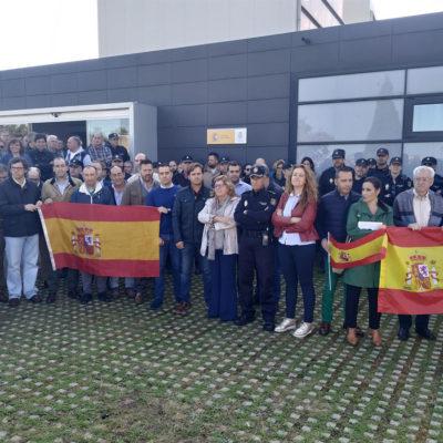 Concentració a Càceres en suport a la policia espanyola desplegada a Catalunya
