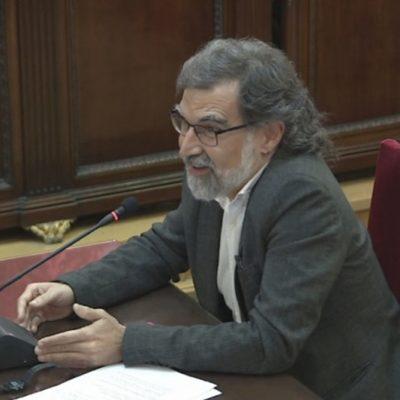 Pla general, extret de senyal institucional, de Jordi Cuixart durant l'últim torn de paraula al Tribunal Suprem