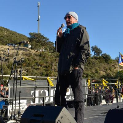 Lluís Llach al tall de la Jonquera impulsat pel Tsunami Democràtic